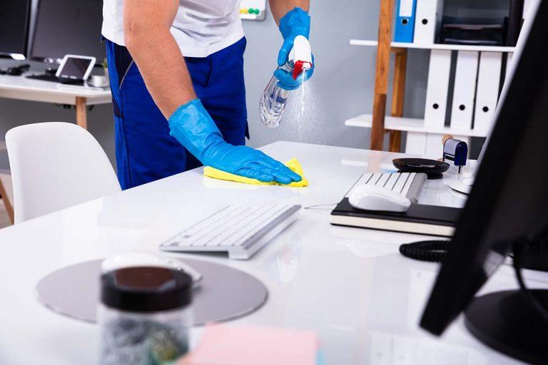 Como hacer una limpieza profunda contra el Coronavirus en tu negocio,